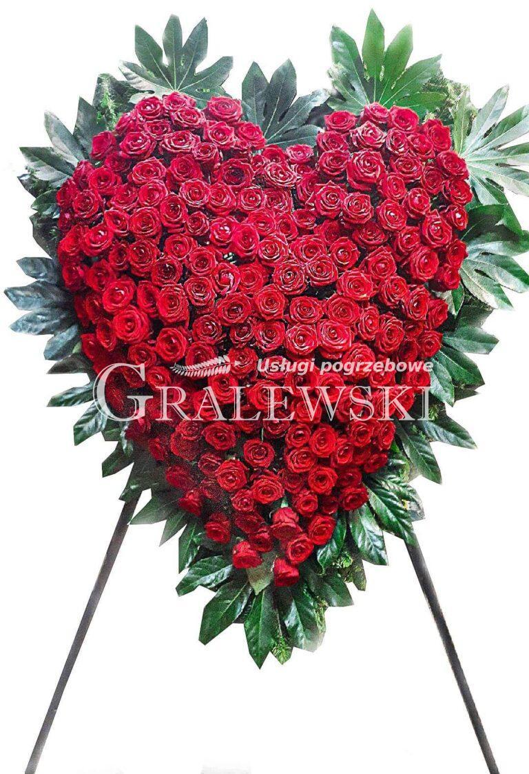 4. Wieniec Serce róża 1 350,00 PLN