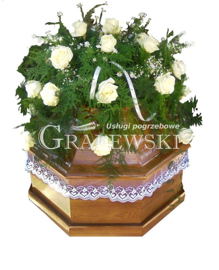 5. Stroik na trumnę 200,00 PLN róża ecru