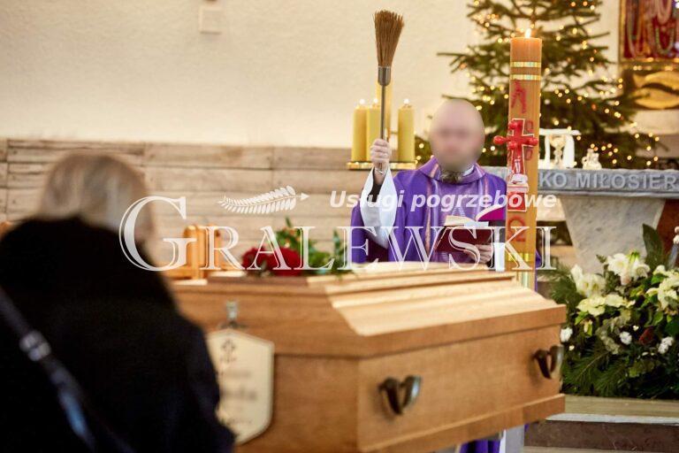 Ceremonia pogrzebowa (6)