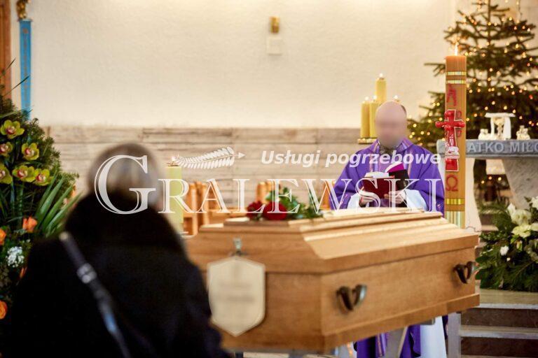Ceremonia pogrzebowa (7)