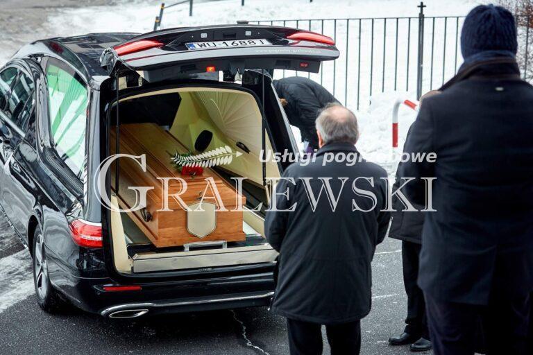 Pogrzeb (2)